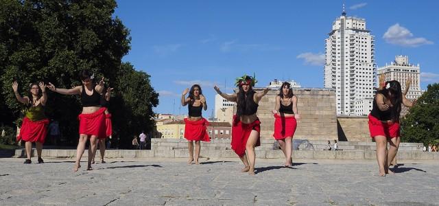 El factor humano de los miércoles nos lleva a uno de sus sitios más enigmáticos. El Templo Egipcio de Debod. Un templo tan enigmático como éste, no podía estar […]