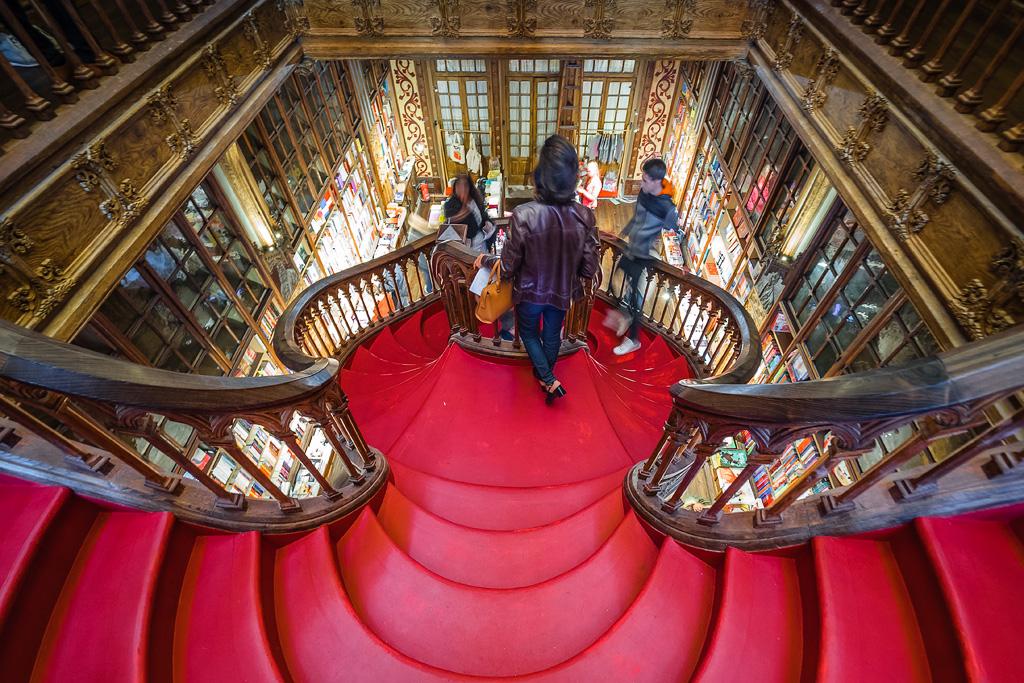 Lello e Irmão Library, Oporto